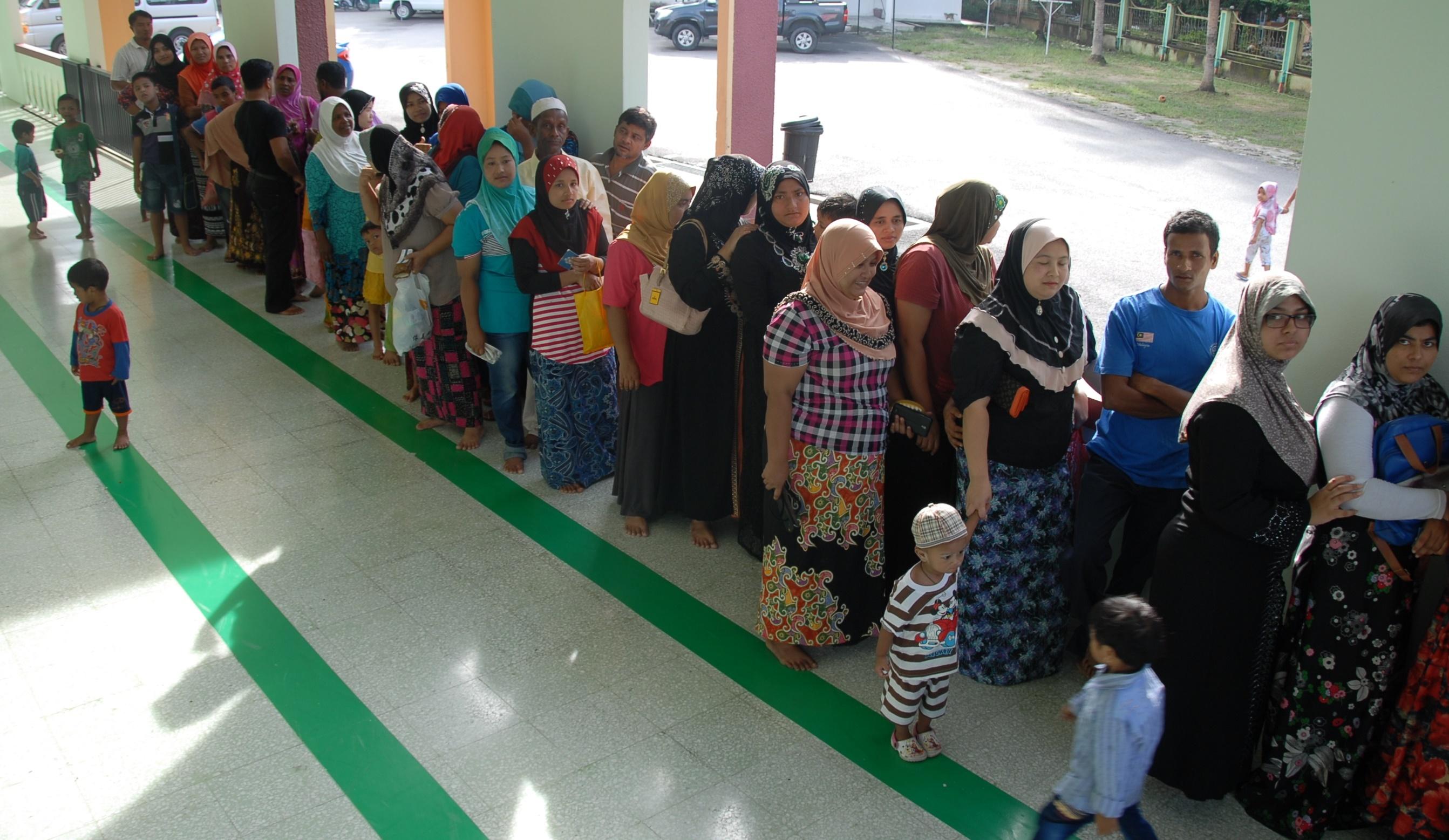 women queue